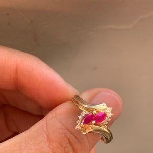 14k natural ruby and diamond ring